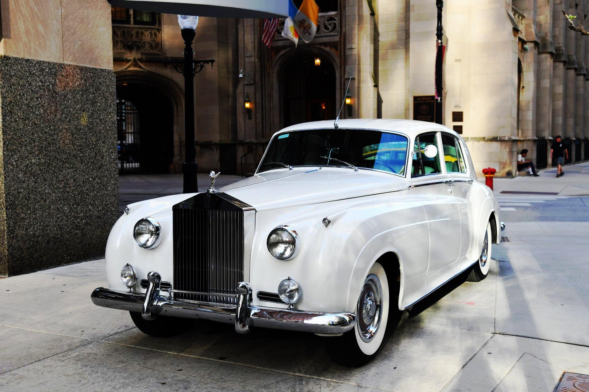 Rolls Royce Vintage Car Chicago
