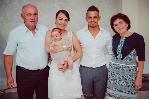 022 family photography_Cezara.jpg