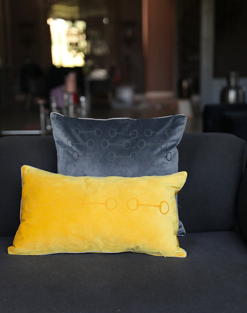 Pillow snaffle 35x60yellow