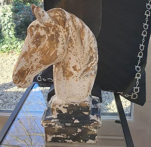 Sculpture beige off white