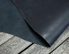 Black_Skirting_Thoroughbred_Leather_Deta