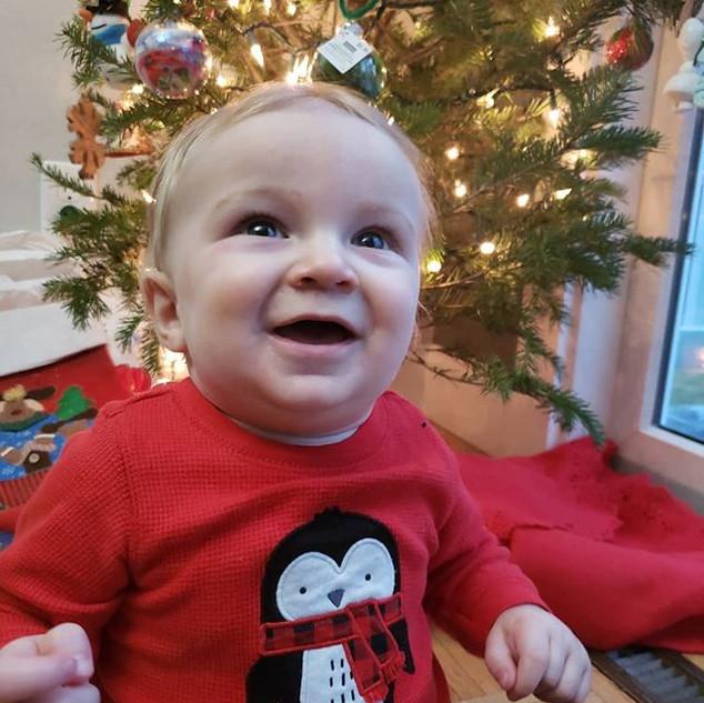 9 months 23 lbs & 6 teeth later 💋❤ #kal
