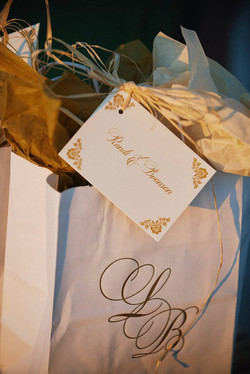 Wedding-guest-hotel-welcome-bag-and-tag-by-lucky-invitations