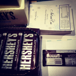 custom-candy-bar-wraps-for-wedding-favor-by-lucky-invitations