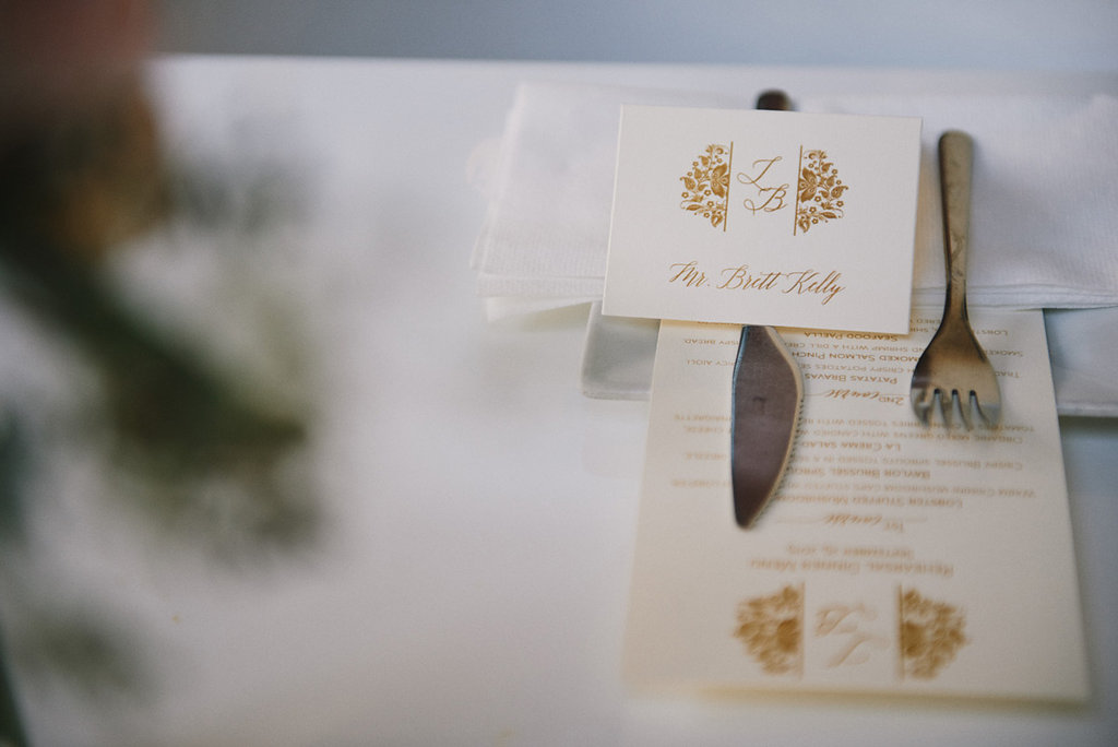 place-cards-and-menus-by-lucky-invitations