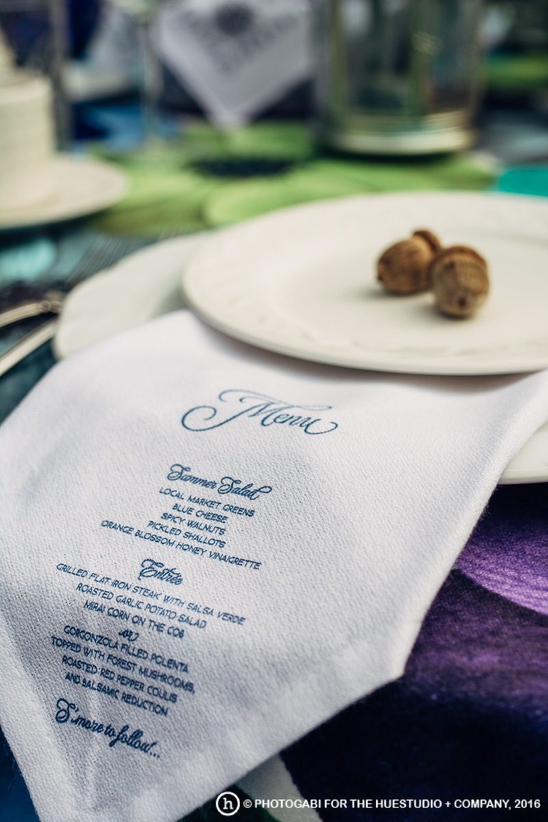 Cloth-dinner-napkin-menu-lucky-invitations