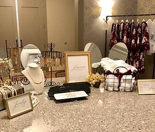 custom-wedding-signs-by-lucky-invitation
