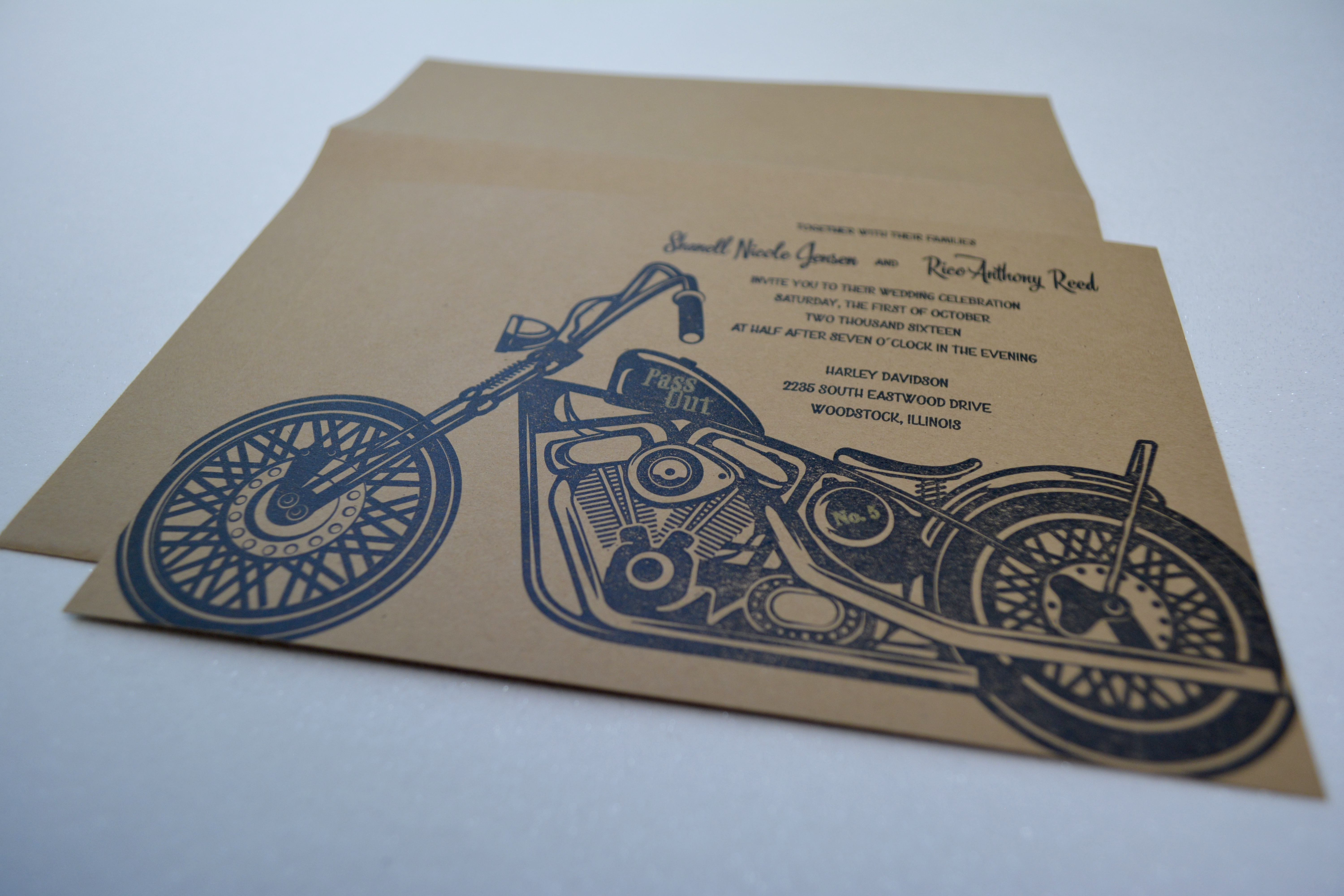 Motorcyle-wedding-invitation-by-luck