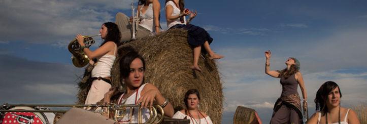 Balkan_Paradise_Orchestra_1.jpg