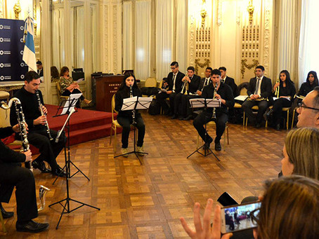 Students of Tucumán Music Conservatory for awareness against child labour