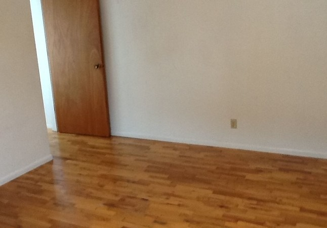 3-br-2-bath-apartment---1340-bayview-nor
