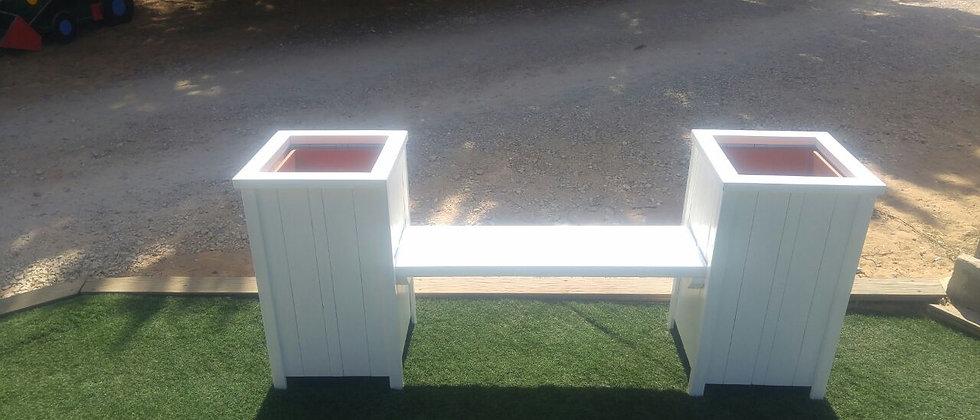 ספסל אדניות לבנות