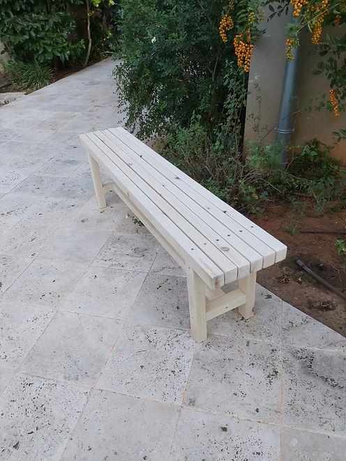 ספסל ישיבה אור 4