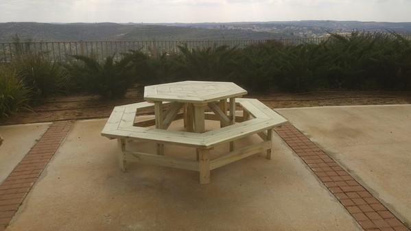 שולחן קקל משושה 3