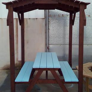 """שולחן קקל מקורה קטן ב 1,999 ש""""ח"""