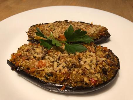 Berenjenas rellenas de Quinoa, verduras y cúrcuma