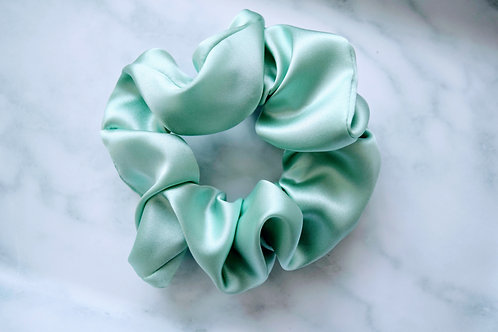 Mulberry Silk Scrunchie || Mint To Be