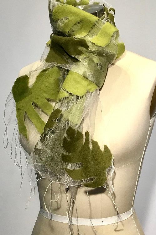 BF178 Green oak leaves illusion scarf