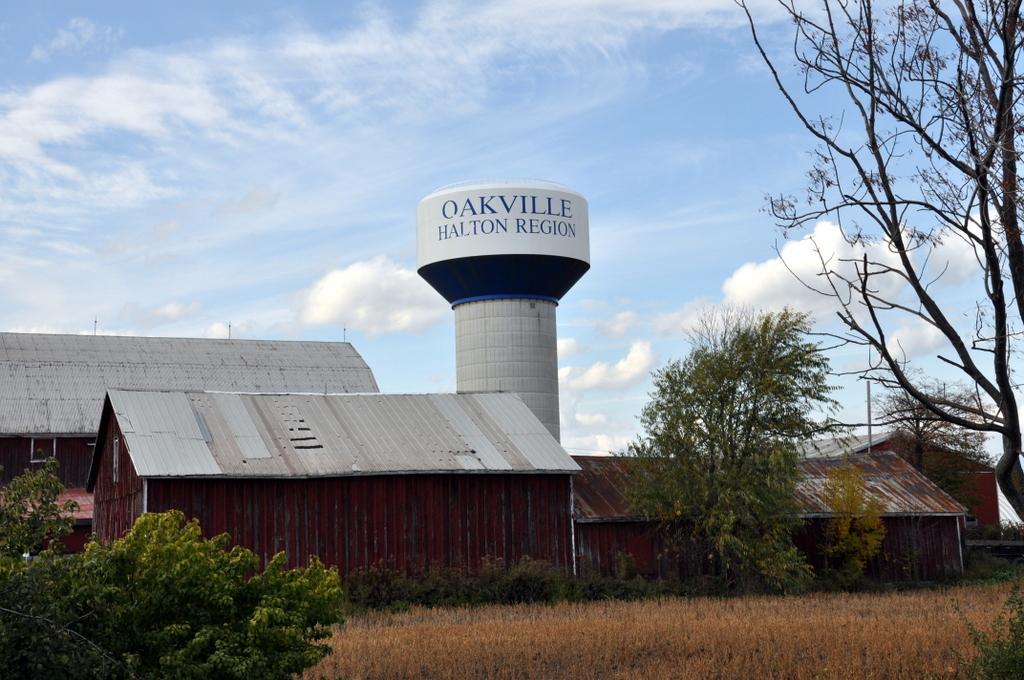 Oakville Water Tower