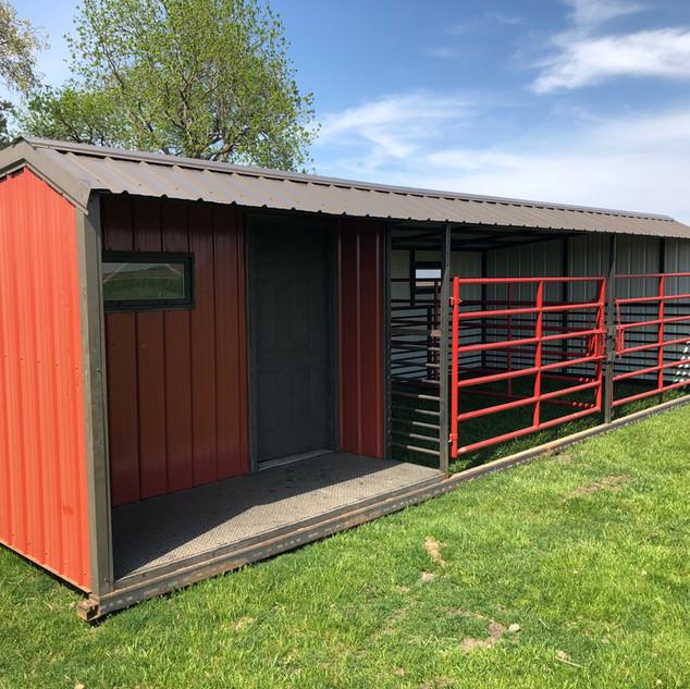 12 ft x 30 ft w Tack Room/2 Stalls