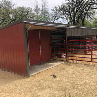 Tack Room with 2 Bay Stall.jpg