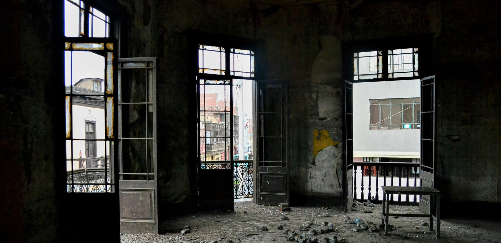 Colegio Real _ Puertas 2do piso 8.jpg
