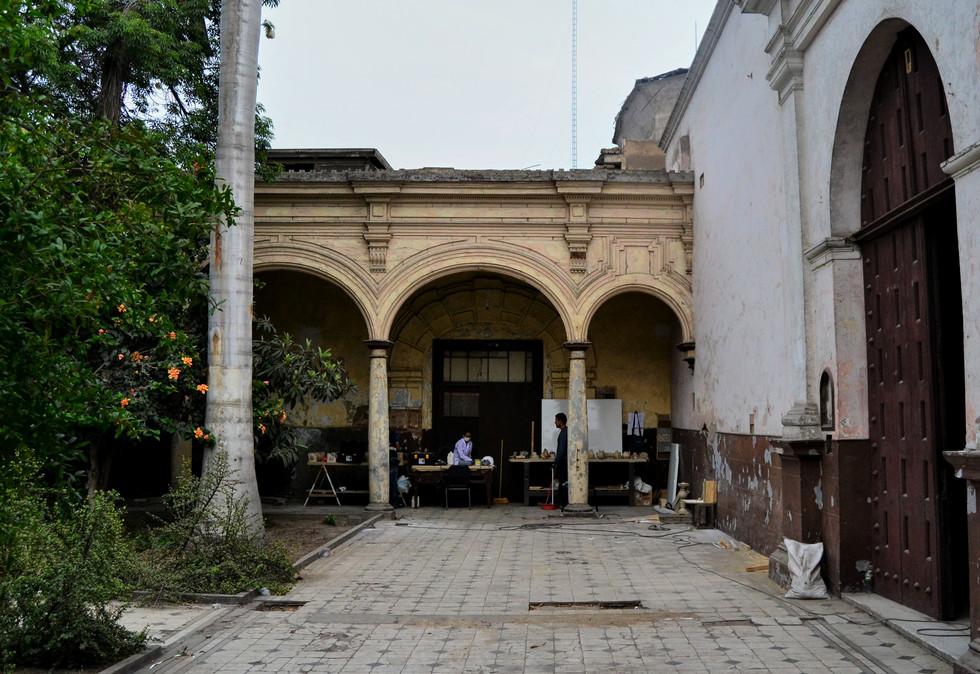 Hospital_San_Andrés___Patio_3.jpg