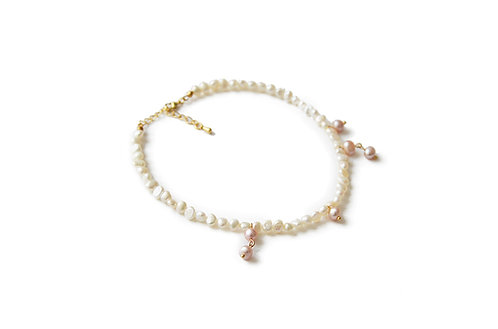 Le Choker perles blanches et roses Muse