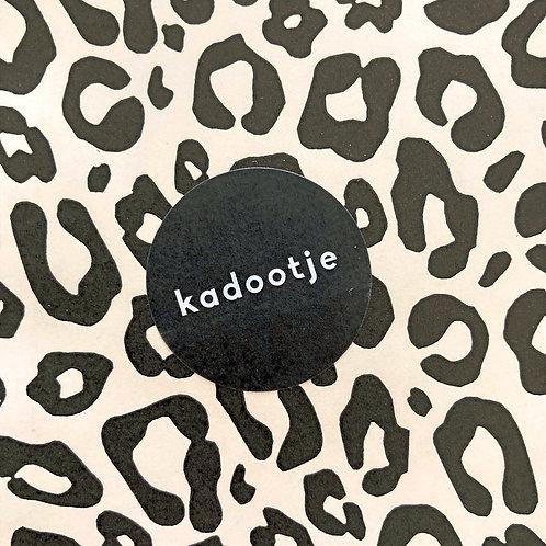 Sticker 'kadootje' zwart 30 mm