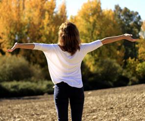 Jour 7️⃣  : Mettez du positif dans votre vie à l'aide du toucher 🤗