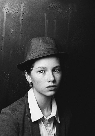 Simkin_Pavel_Girl_with_a_hat.jpg