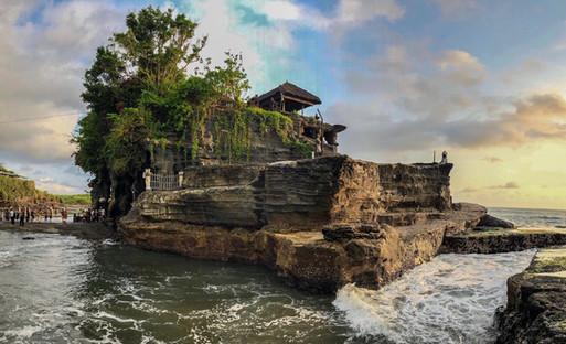 Tanah Lot . Bali
