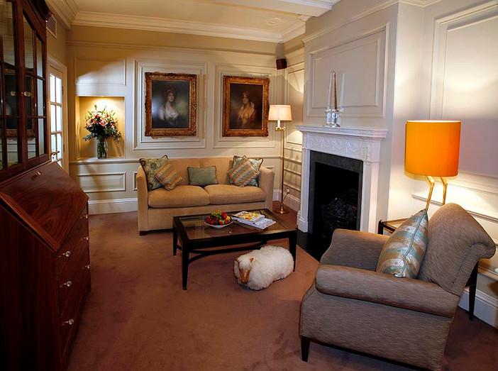 Goring Hotel . London