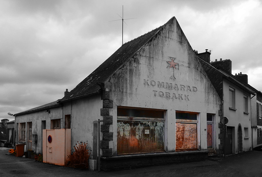 cigarette-factory