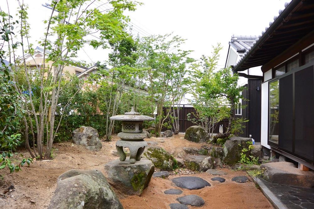 二条大路南の庭