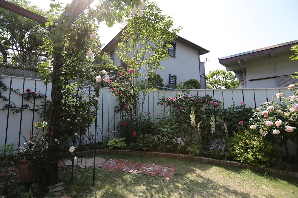 藤白台の庭