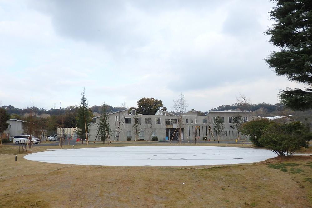 南山城学園1