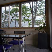 長友産業株式会社 室内観葉植物設置作業 002.JPG