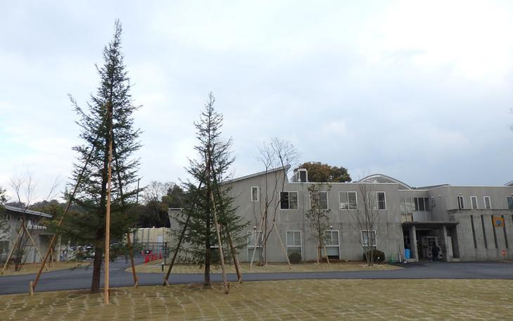 南山城学園8