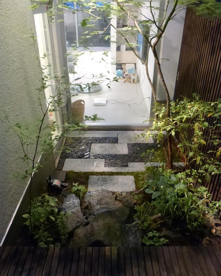 寝屋川の庭