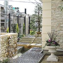 上野芝の庭1.JPG