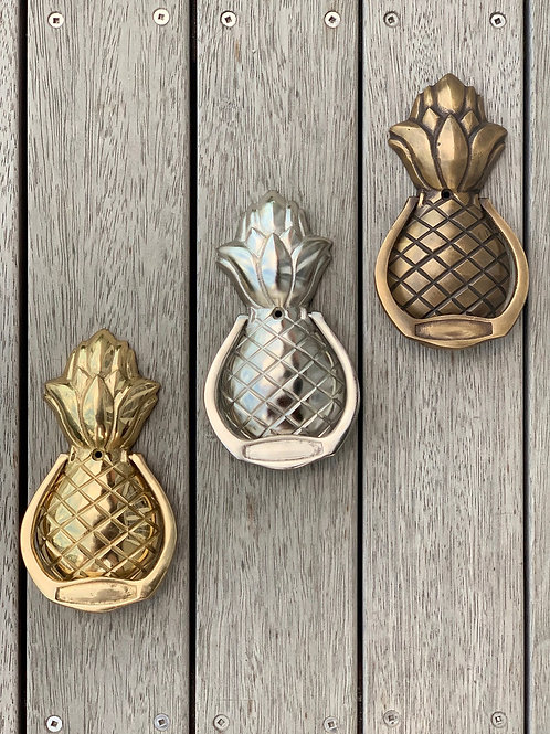 Classic pineapple door knocker - 3 finishes available
