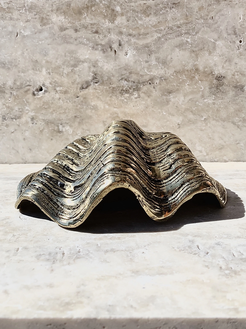 Brass clam- Horizontal grooves 18 or 23cm