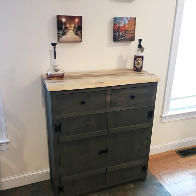 Pine Liquor Cabinet with Ambrosia Top