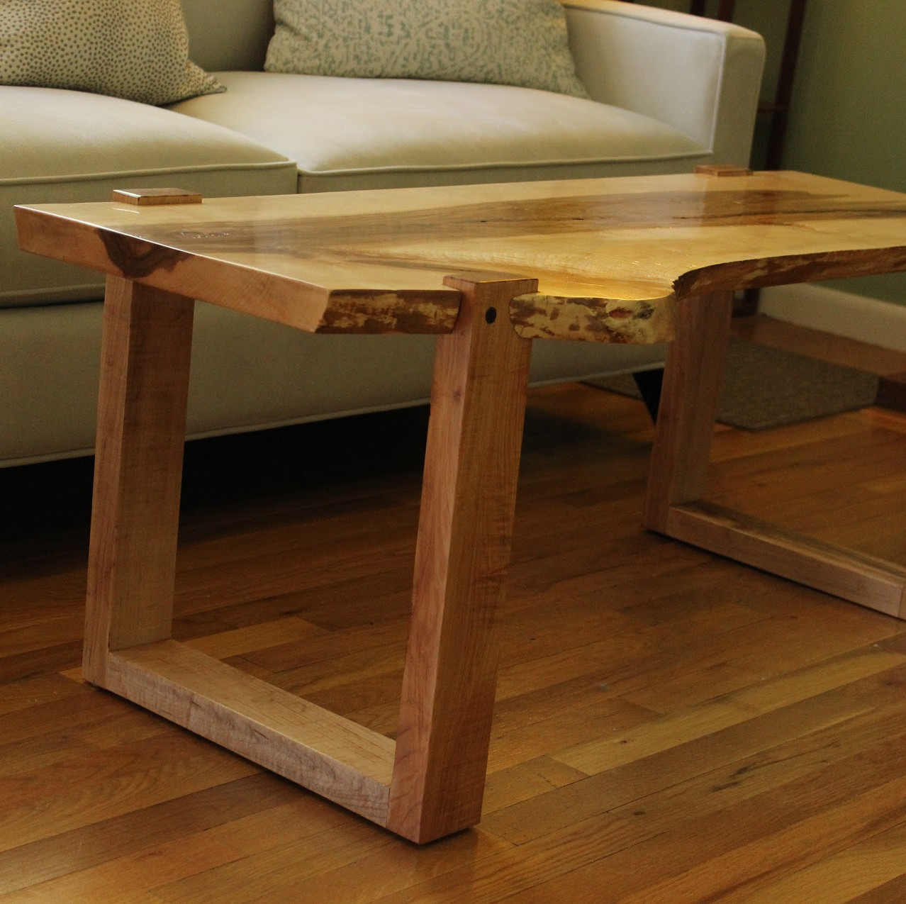 Maple Coffee Table Bench