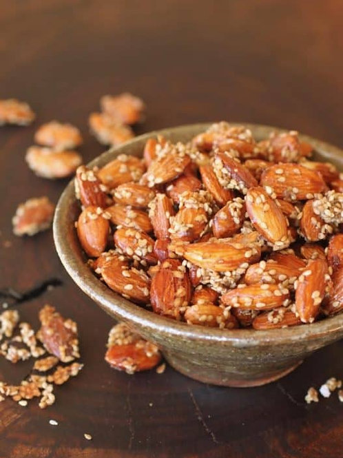 Sesamed glazed almonds