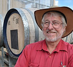 Gavin-Hogg_winemaker-1-480x437 (1).jpg
