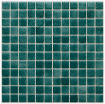 emerald green glossy mosaic tiles in a 35 x 35 grid