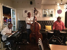 Poppies Restaurant, Bakery, live music, Jazz, easy listening