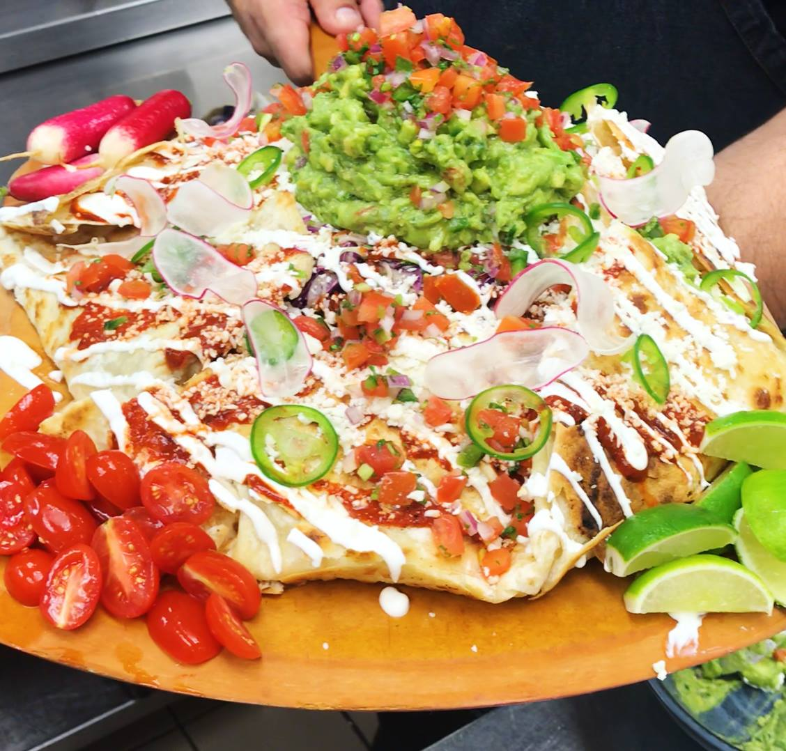 "This ""Taco Enorme"" Is Like A Super-Sized Taco Bell Crunchwrap"